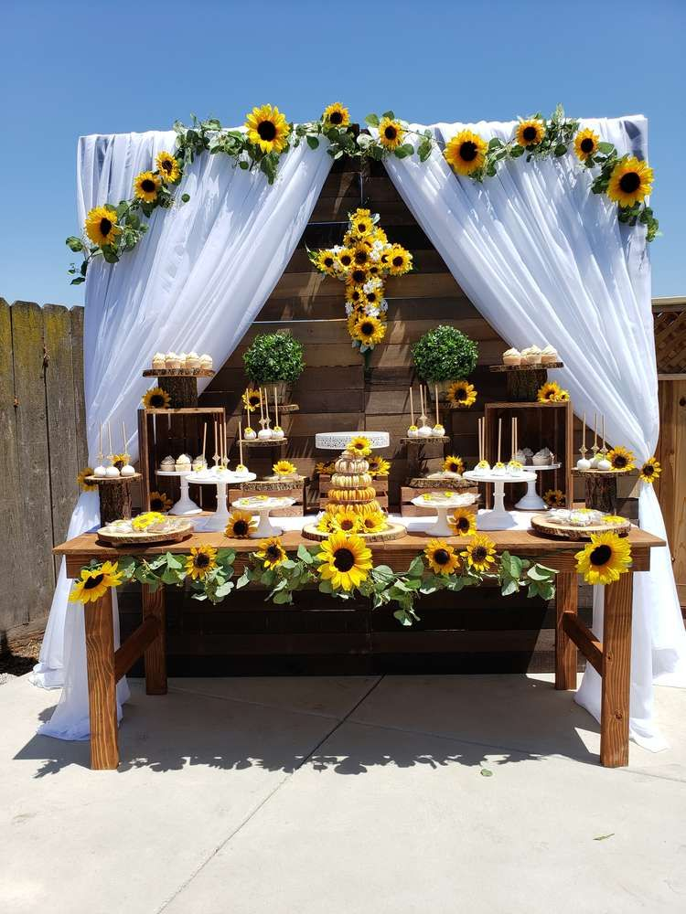 Sunflower Theme 1st communion Party Ideas | Sunflower ...