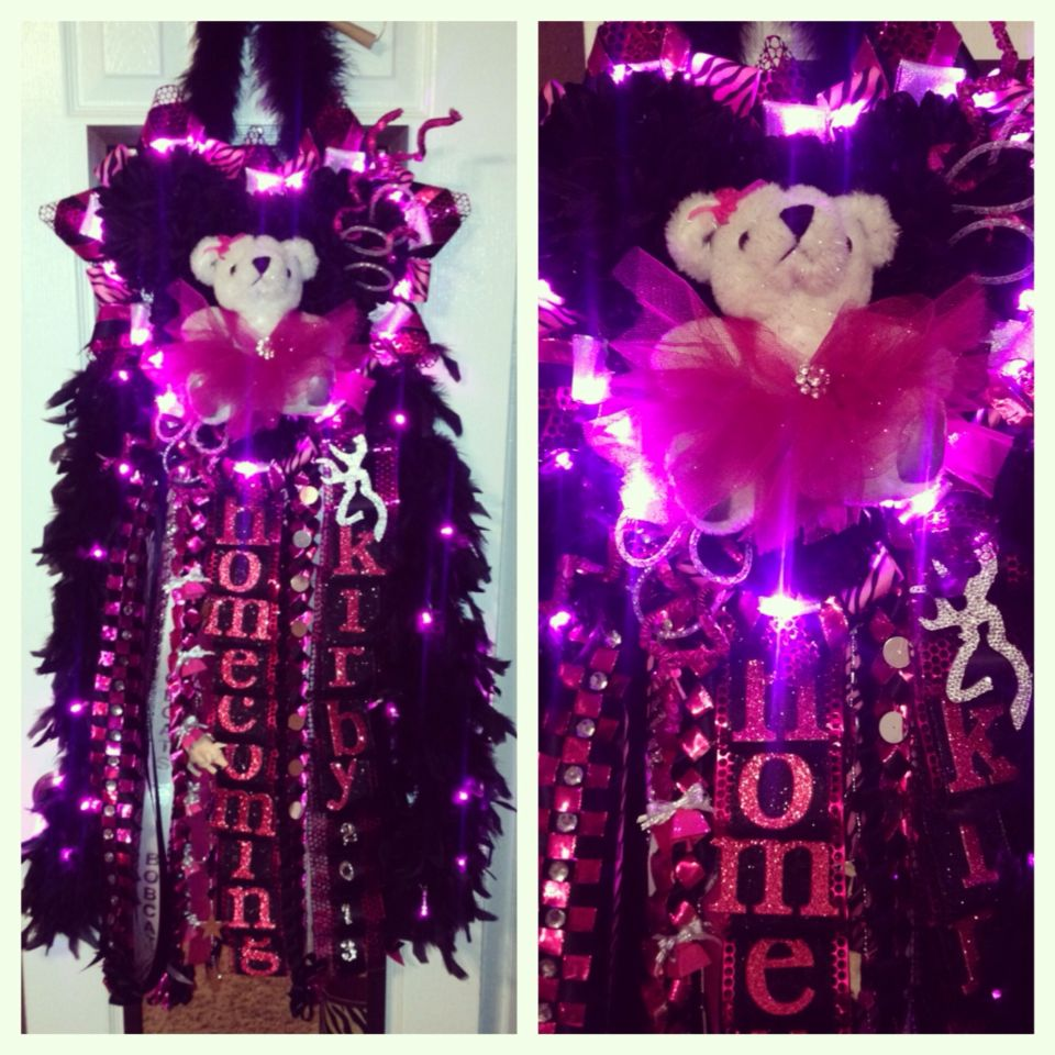 My junior year mum black an pink lights