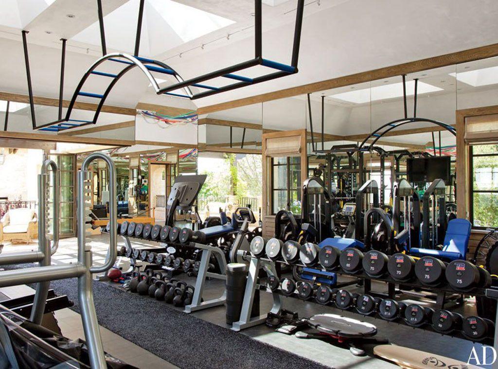 Tom S Gym From Tom Brady And Gisele Bundchen S Eco Friendly Dream