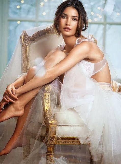 Lily Aldridge Wedding Dress