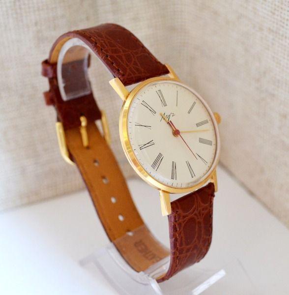 Herren Vergoldete Armbanduhr LUCH, USSR 1970 Luxus von Vintage-Kleidung, Uhren und Wohnkultur auf DaWanda.com  #Luch #Luxury #Gold #watch #gifthim #forhim #vintage