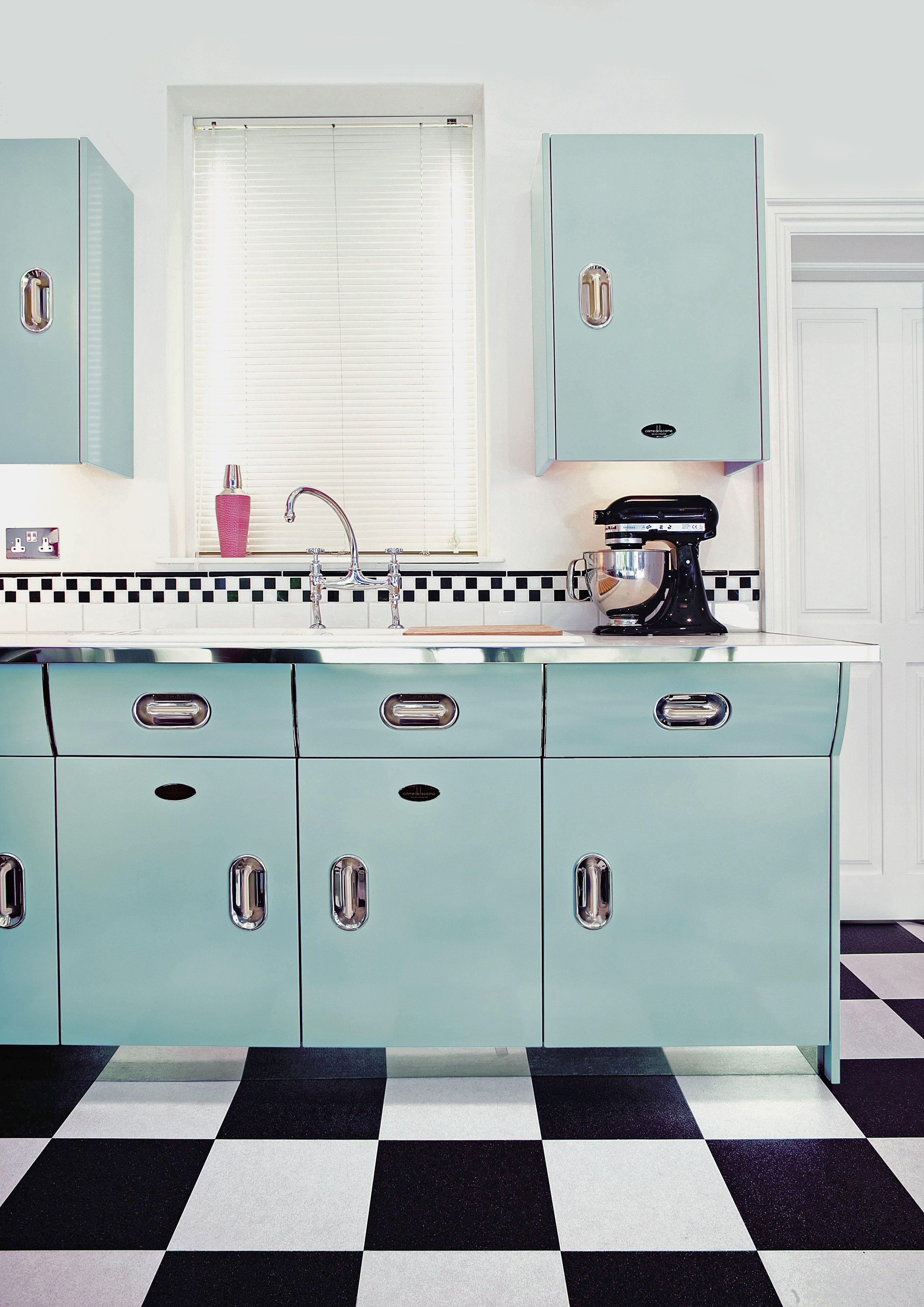 Creme-de-la-Creme-Gloss-Ocean-Island-Blue-kitchen.jpg (2704×3824 ...