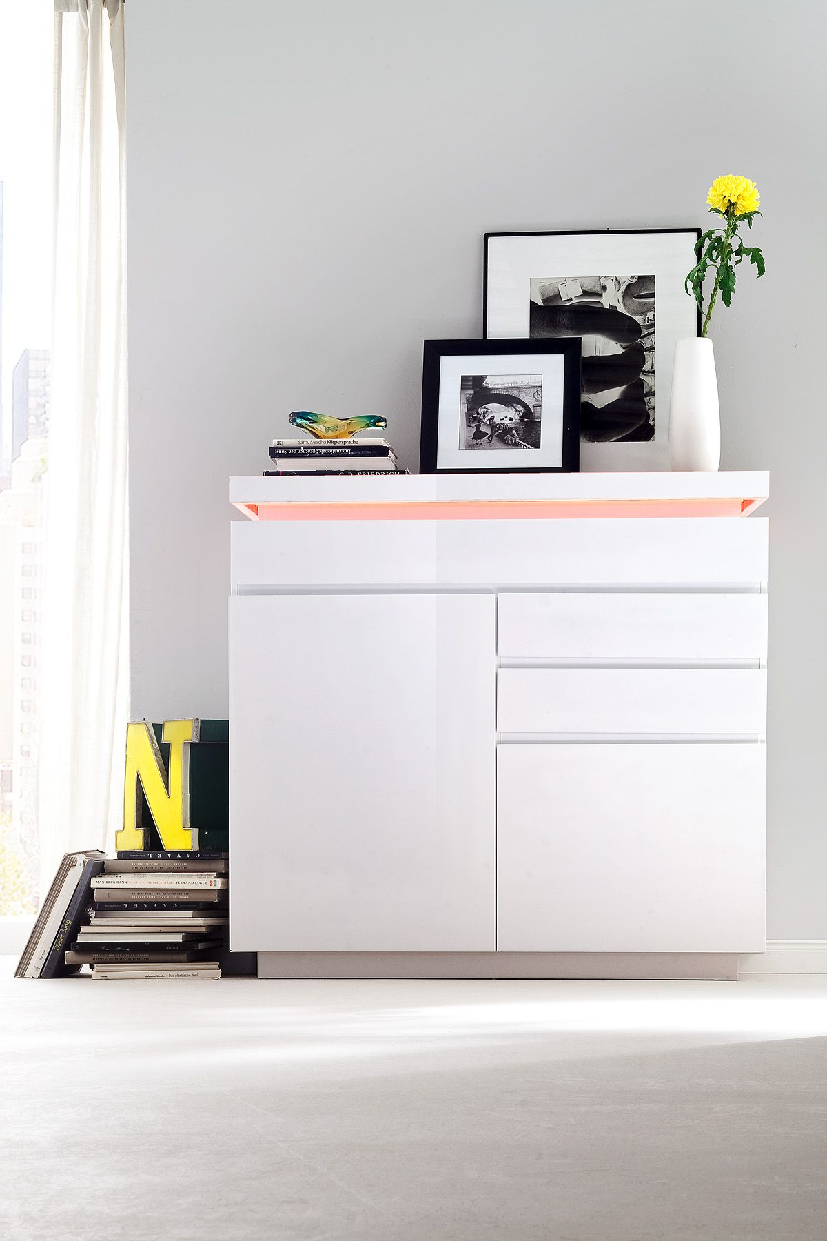 Best Pin By Mrhousey On High Gloss White Furniture Small 400 x 300