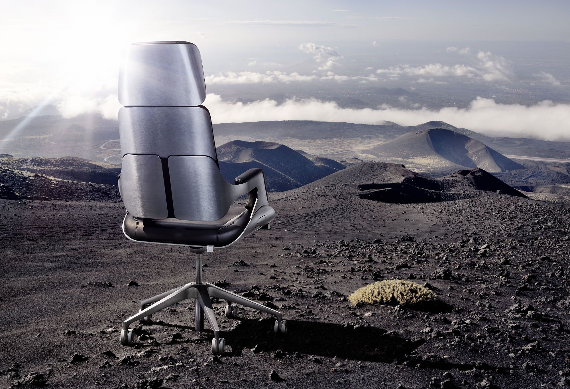 The silver chair bbc - Interstuhl Silver On The Moon