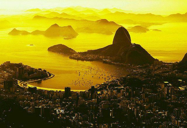 vista do cristo redentor . Baia de Guanabara . Rio de Janeiro
