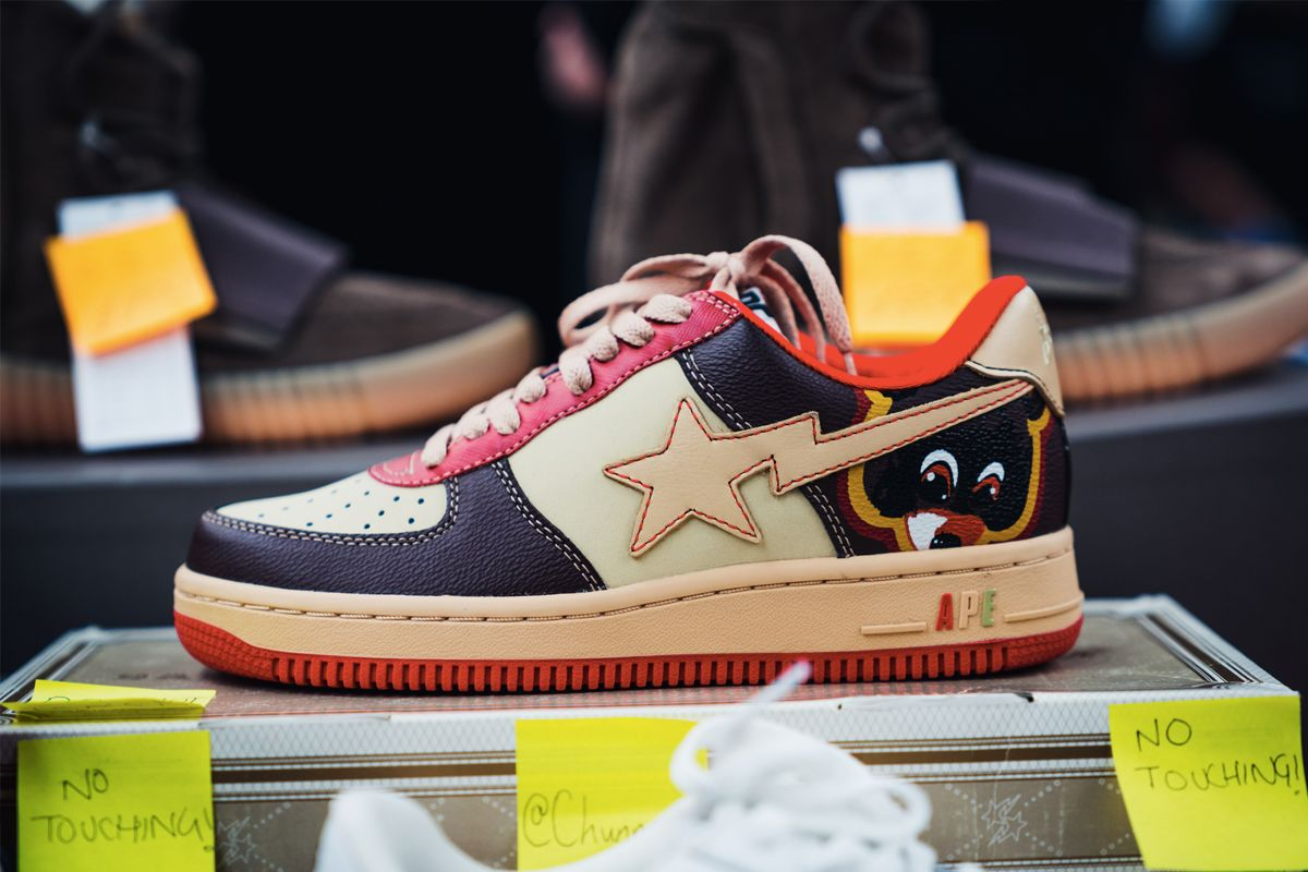 77ed455c98b ... College Drop Out A Bathing Ape Bapesta x Kanye West ...