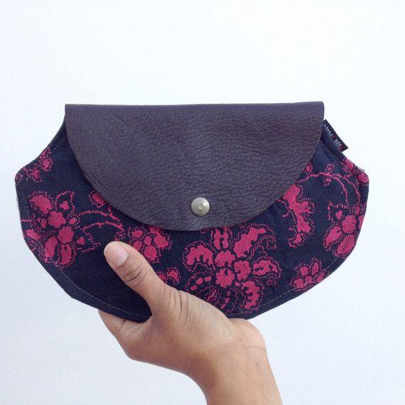 50% Off VENDA Grande couro e mão de linho impressa embreagem Fuschia Blossom saco dia à noite