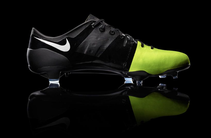 17 Best images about Nike Boots on Pinterest | Green, Messi and ...