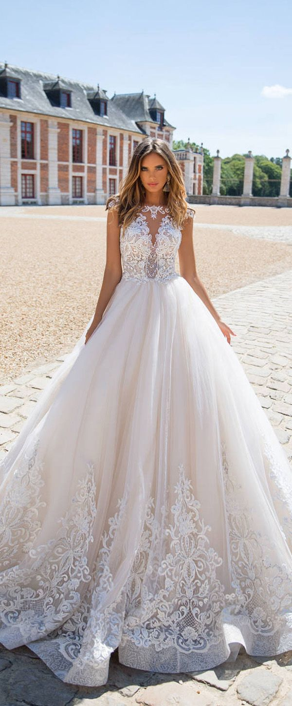 Delicate tulle bateau neckline aline wedding dress with lace