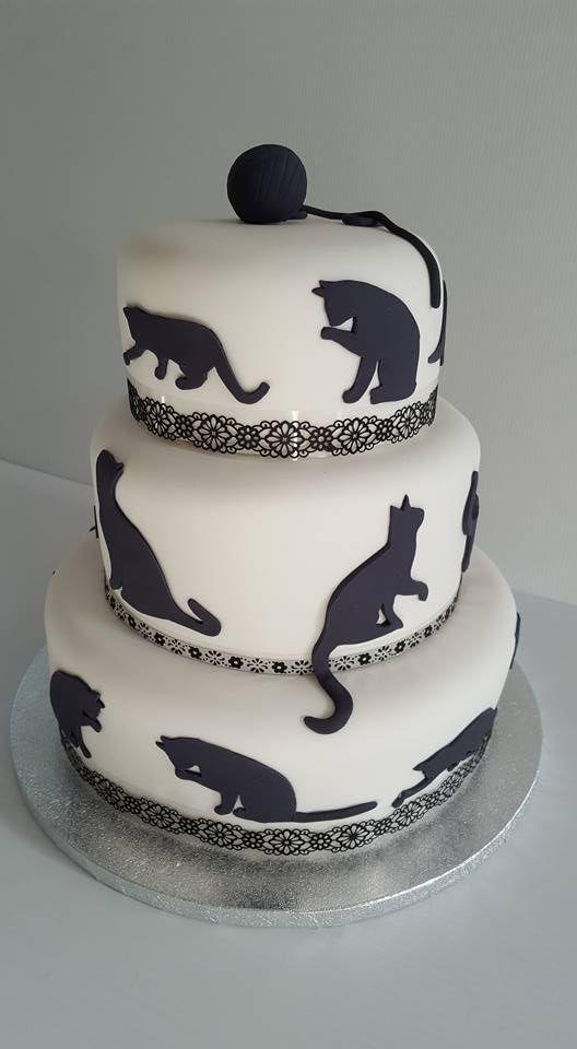 Custom Birthday Cakes Brisbane