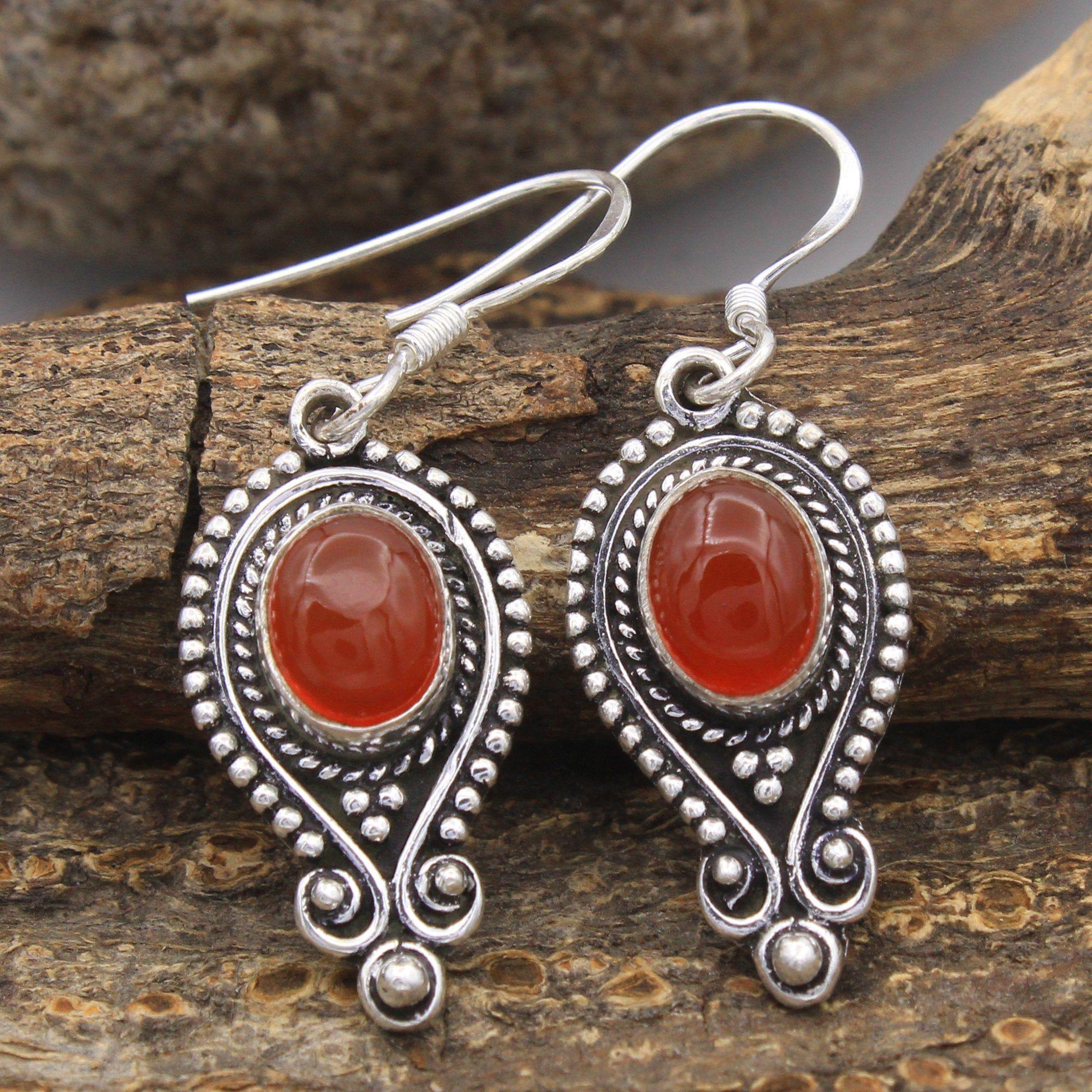 Handmade long drop earrings,Dangle earrings,Oval shaped earrings,Gift for her,Long beaded earrings,Agate beads,Modern earrings,