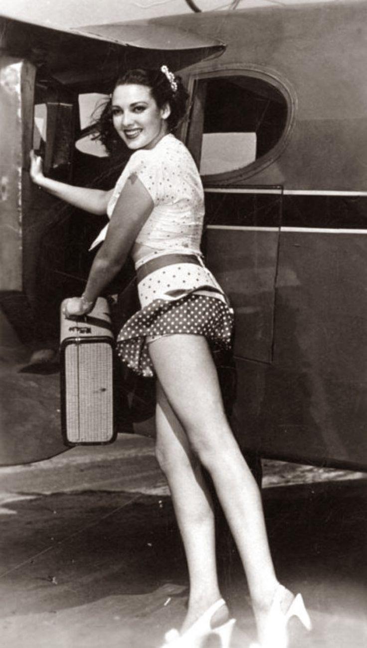 Aubrey Miles (b. 1978),Gary Basaraba Hot photos Gloria Piedimonte,Katherine Bailess