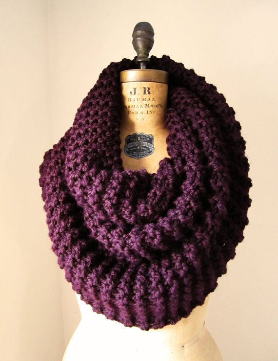 94201c0b5cb10 Super Snuggly Chunky knit cowl Plum. on Etsy