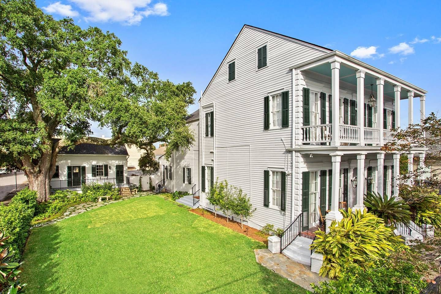 The Mazant Historic Mansion in Bywater Houses for Rent