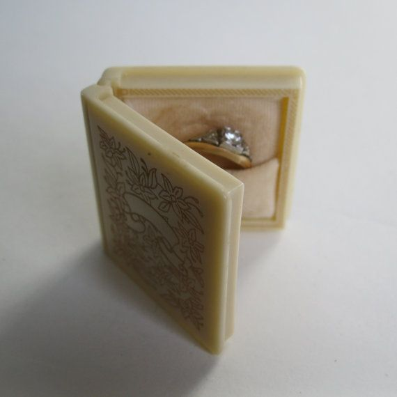 Vintage 1940s Book Ring Box Vintage Wedding Ring Box 1940s
