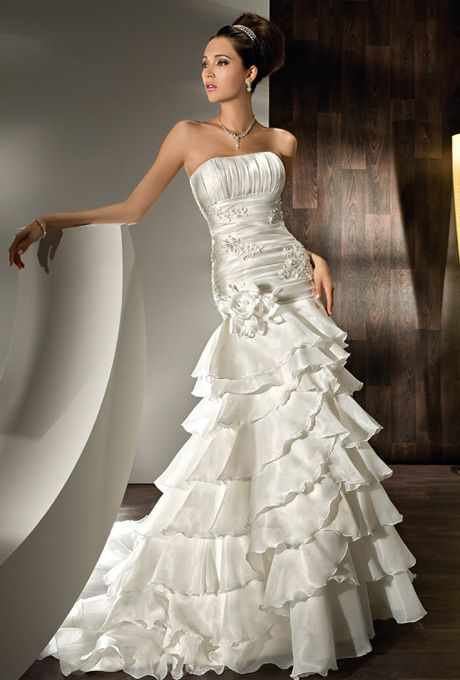 Young Wedding Dresses | Wedding Gallery