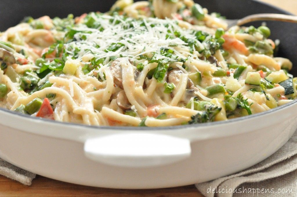 Pasta Primavera With Cream Sauce Pasta Dishes Food Dishes Pasta Primavera