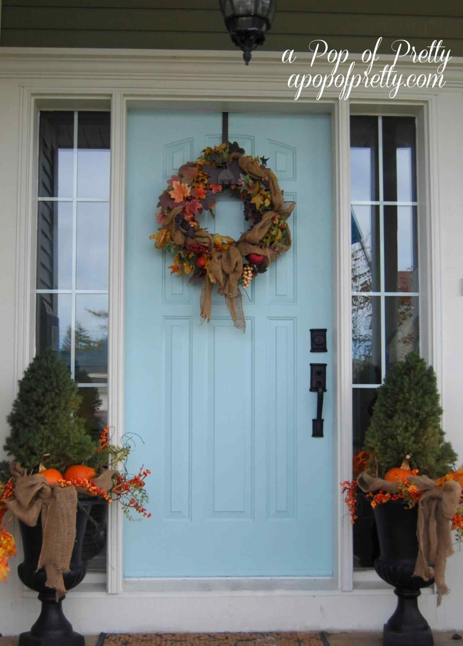 14 Wonderful Decorating Your Front Door For Christmas Kitchen Room