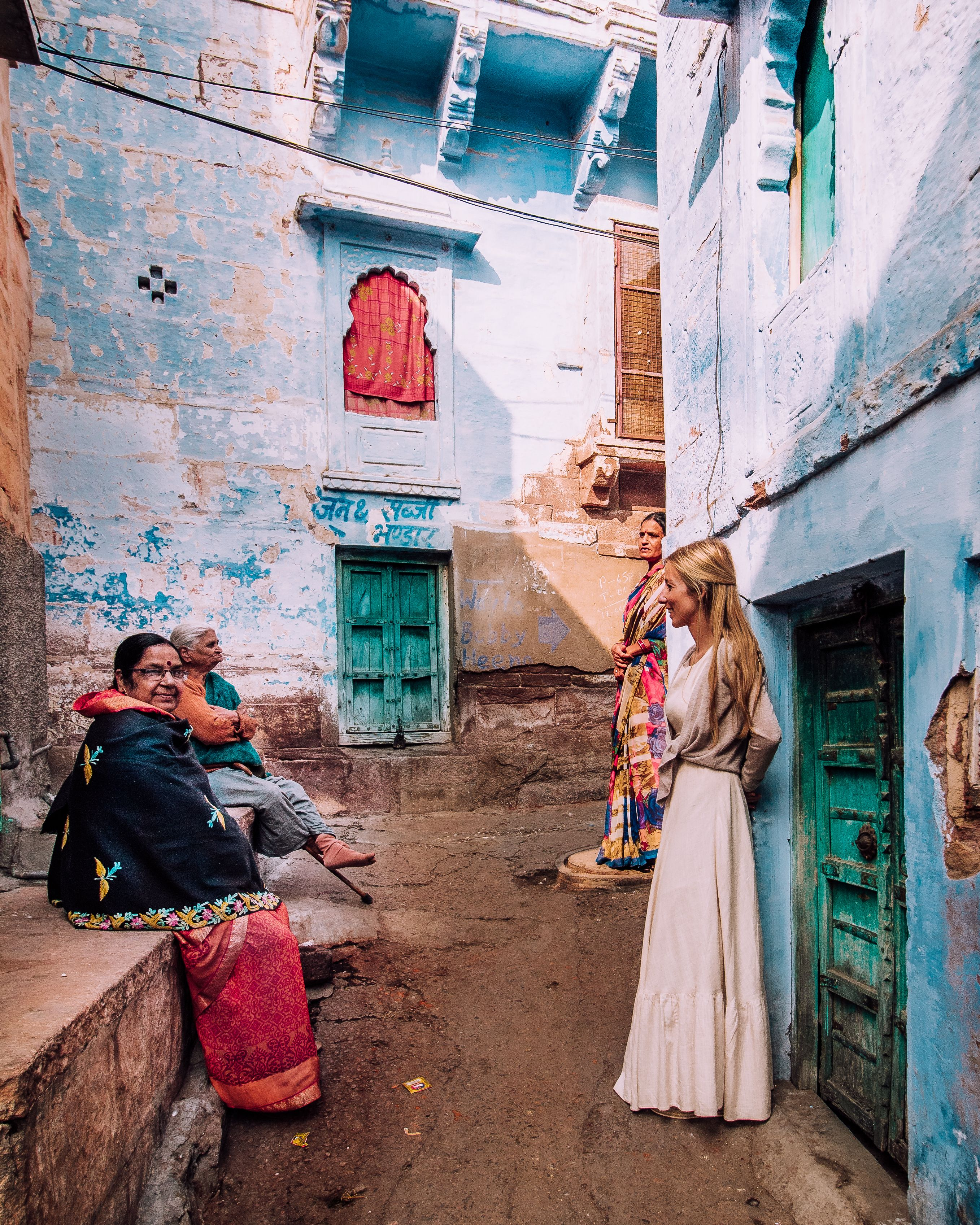 Discovering the blue alleyways of Jodhpur in India #rajasthan #India #travelinspo