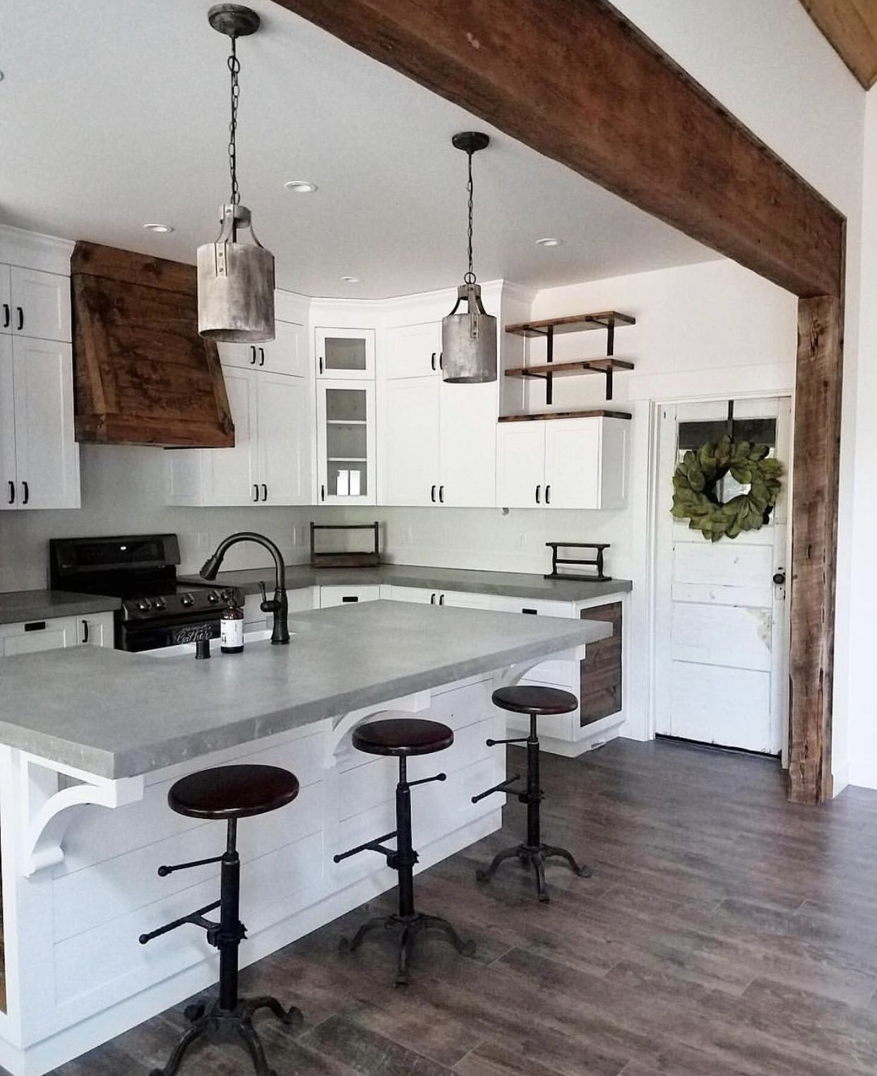 Like The Wooden Beam And Mixed Materials.