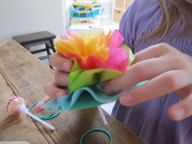 Lollipop tissue paper flowers kids craft ideas valentines ideas lollipop tissue paper flowers kids craft ideas mightylinksfo
