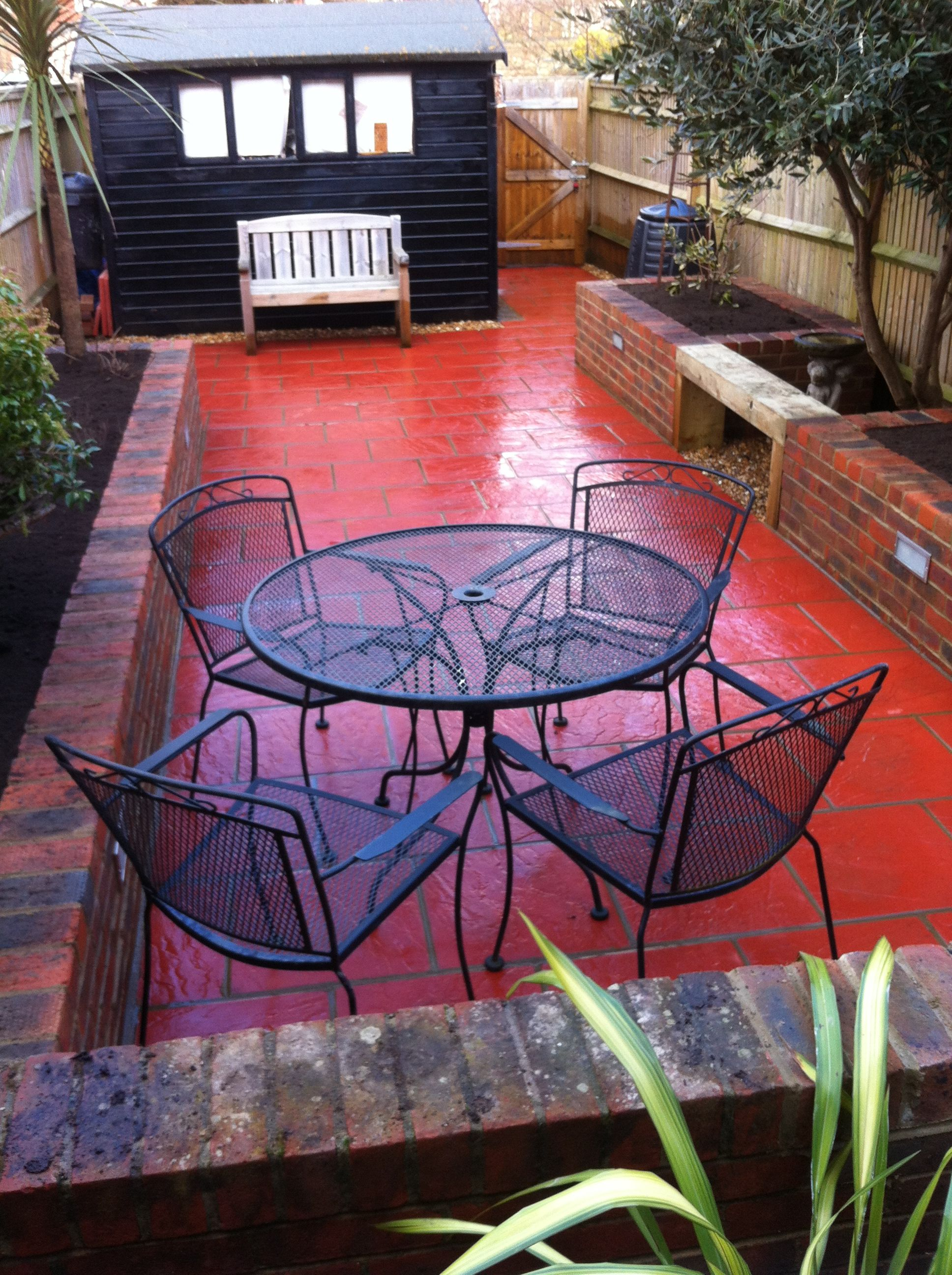 red retro paving slabs brick raised borders Paving