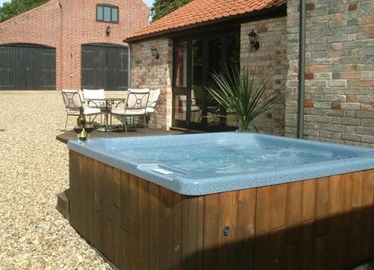 Beech Farm Barn Burgh St Peter Norfolk Norfolk Broads Sleeps 1 4