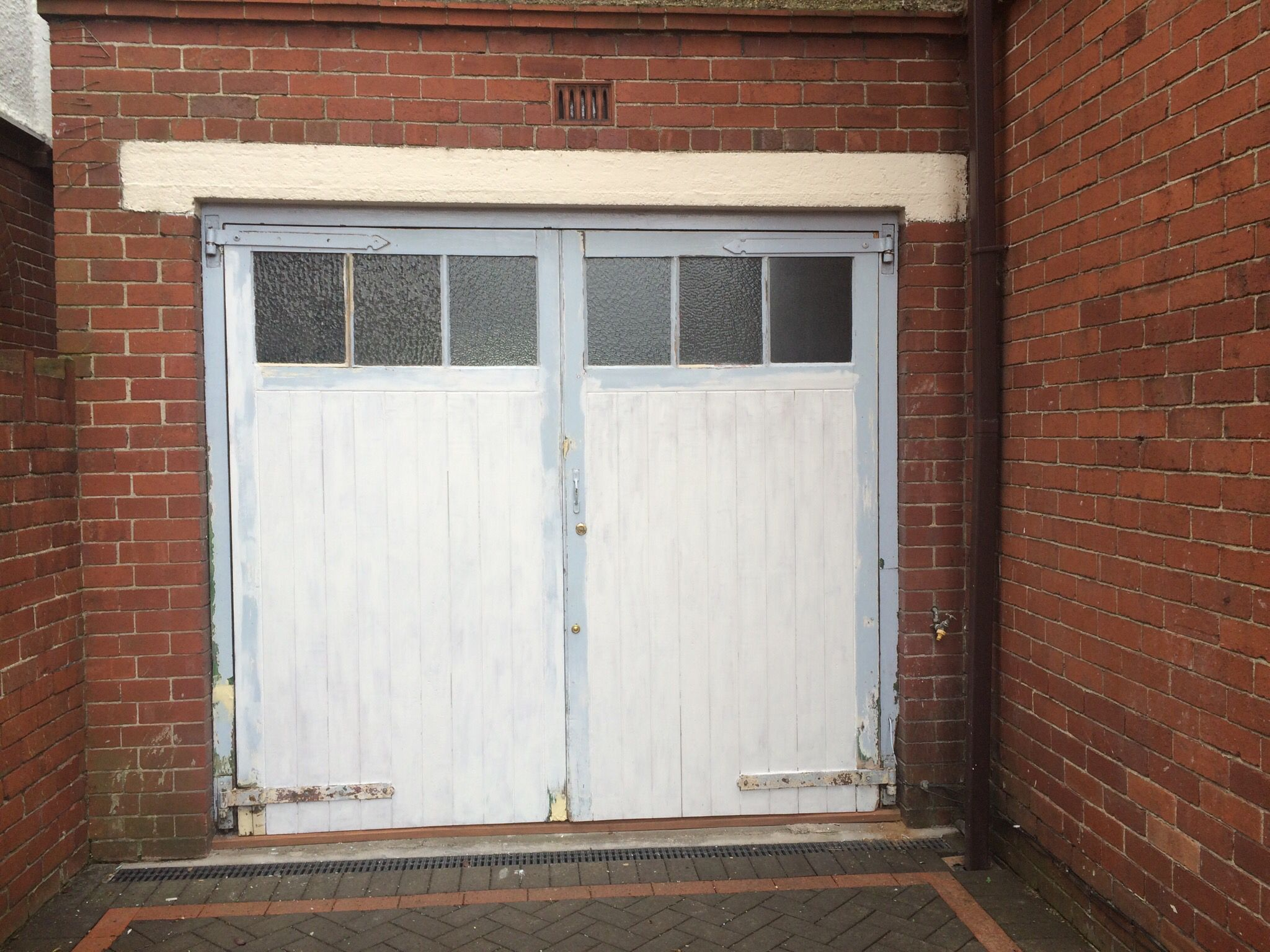 Garage Doors To Be Painted