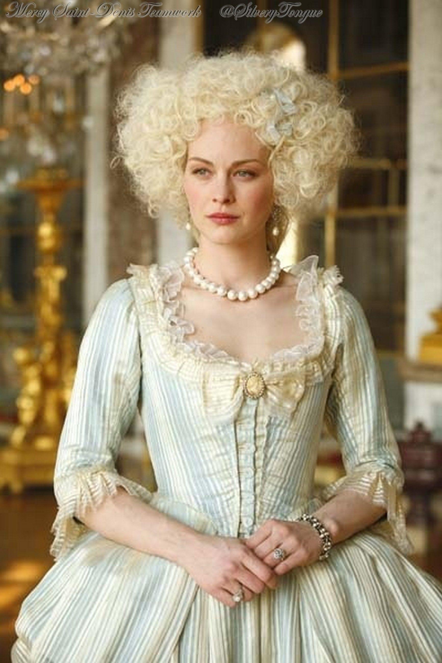 Louis XVI, l'homme qui ne voulait pas être roi (2011). Raphaëlle Agogué as Marie  Antoinette. | Historical dresses, 18th century fashion, 18th century dress