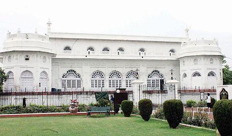 Image result for सफ़ेद बारादरी lucknow tourism