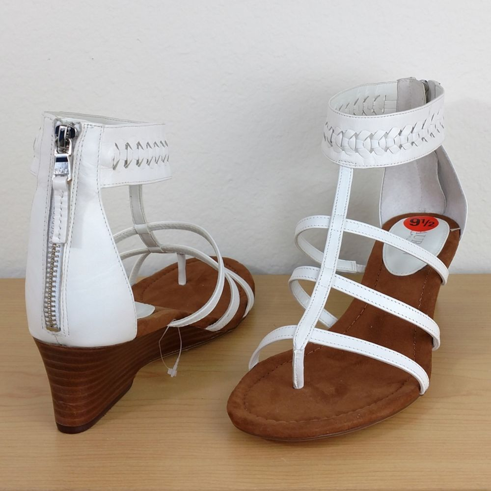 804fb7d8370 Lauren Ralph Lauren Meira White Wedge Strappy Sandals shoe heels Womens size  9.5  LaurenRalphLauren  Gladiator