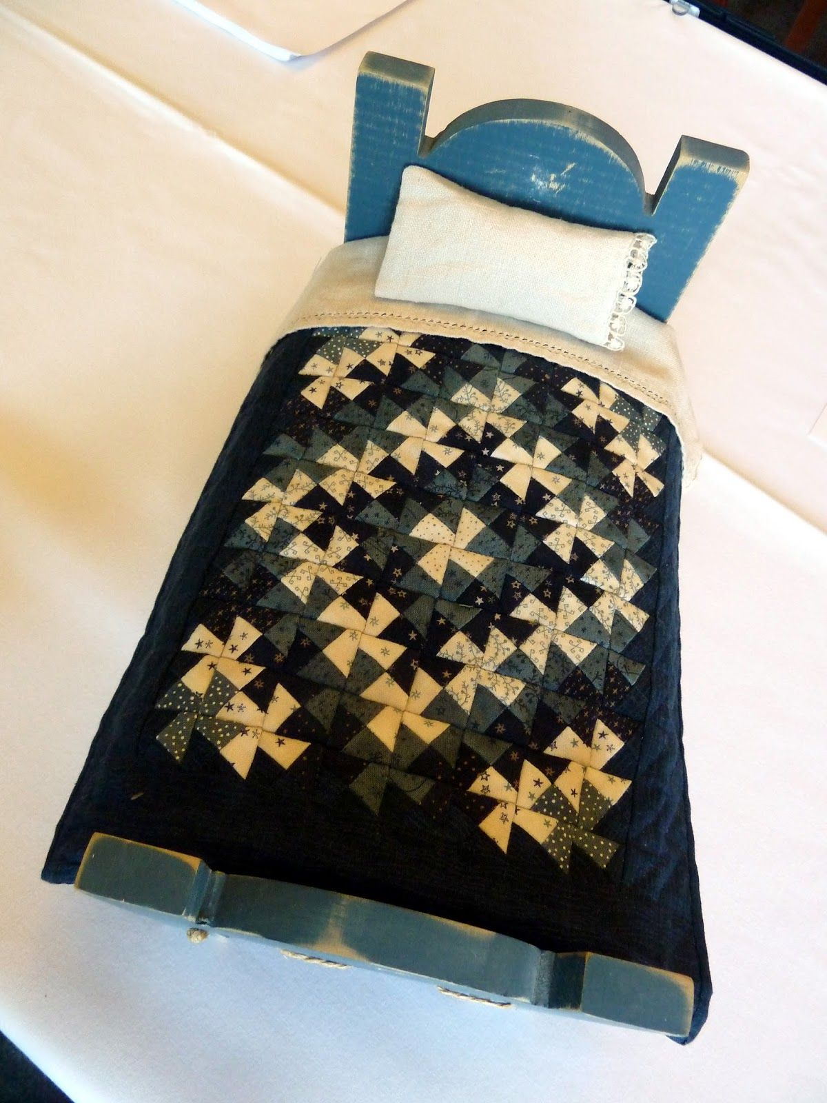 Sue Garman: Seminars and All Kinds of Quilts | Doll and Crib ... : kinds of quilting - Adamdwight.com