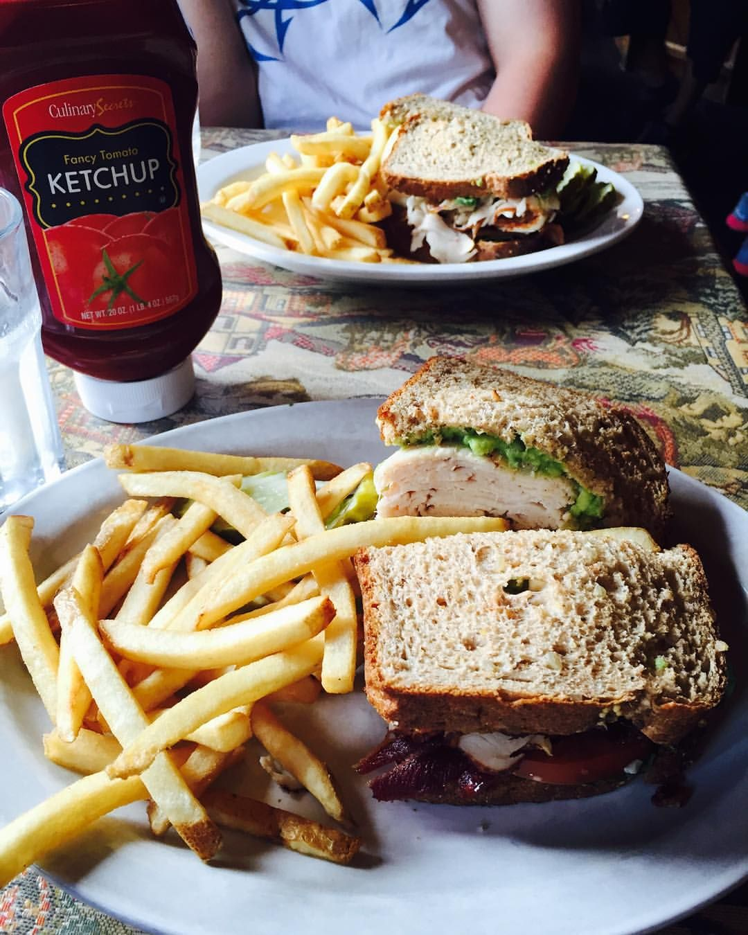 """Eat Like Locals on Instagram: """"The Arapahoe Cafe in Dillon is the BEST place to get a turkey sandwich  and don't forget the onion rings! #arapahoecafe #dillon #colorado #eatlikelocals"""""""