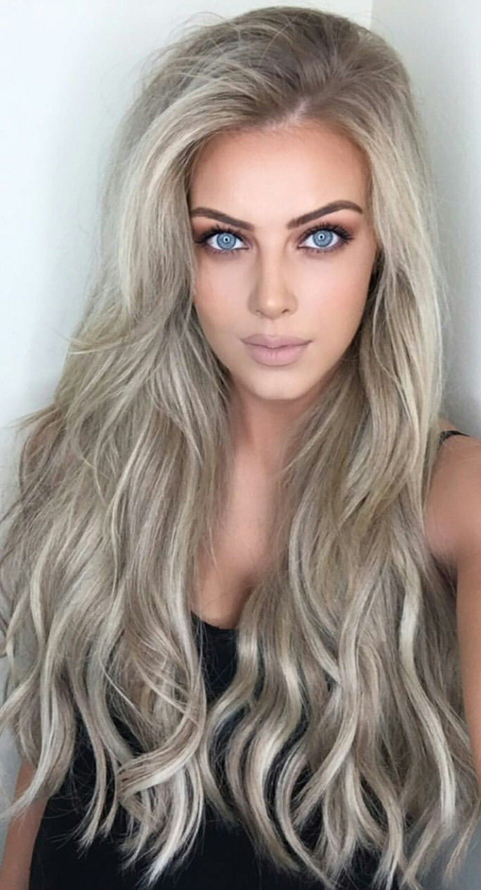 Chloé Boucher Cool hair color, Hair extensions near me