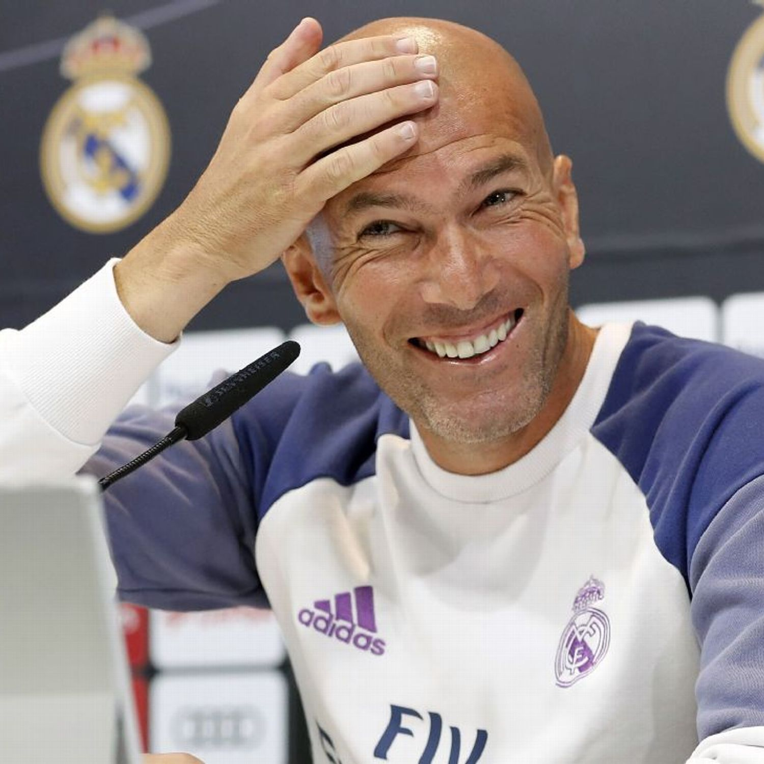 Real Madrid Coach Zinedine Zidane Not Feeling Pressure Ahead Trip To Atletico Real Madrid Coach Zinedine Zidane Real Madrid Zinedine Zidane