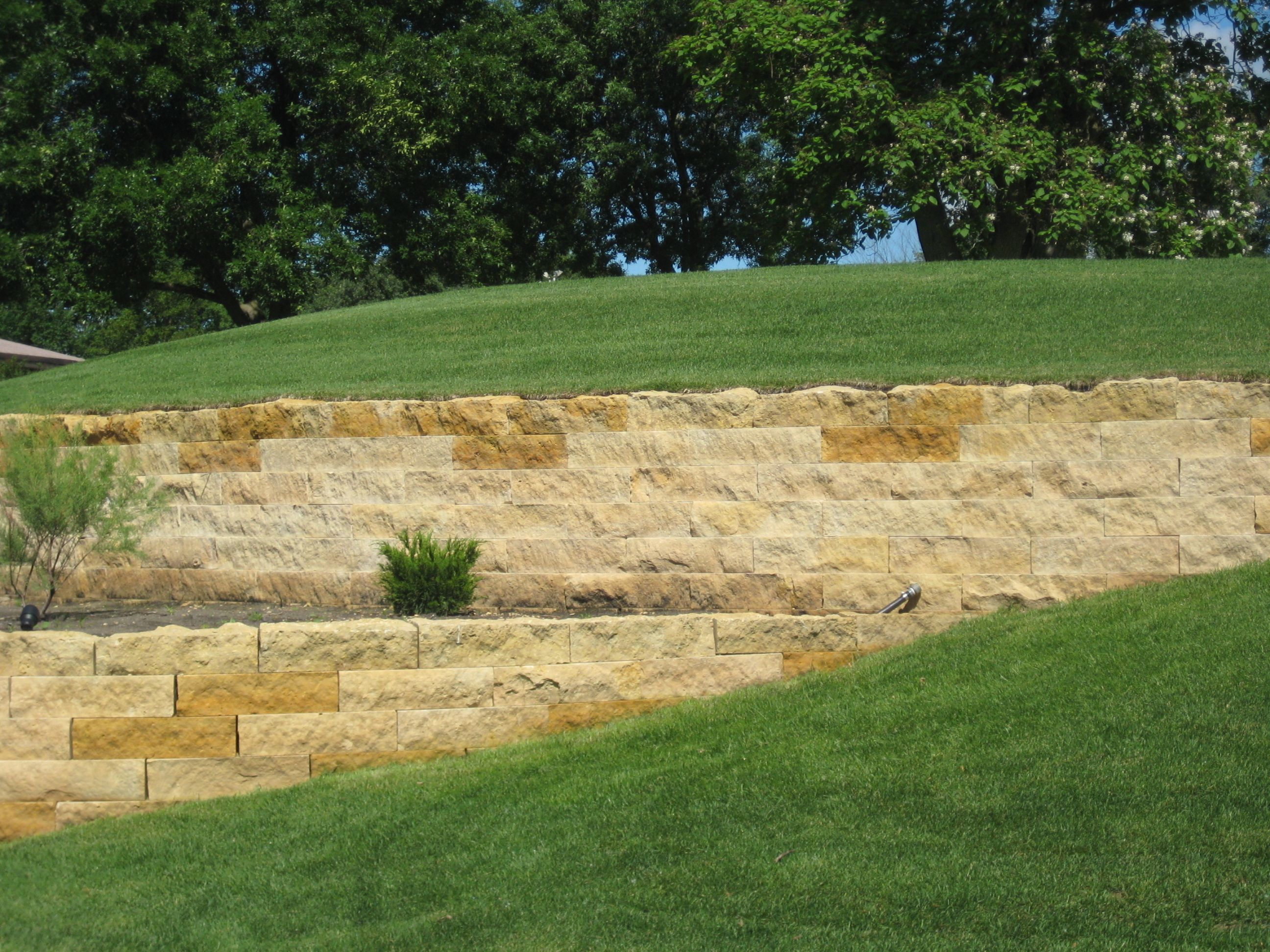 Mankato Kasota Stone retaining walls at the Mankato Country Club ...