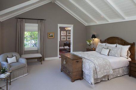 gray and brown bedroom > pierpointsprings