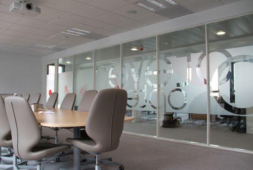 Vitrophanieu003estickersu003ebureauu003ereunion halls office in 2018