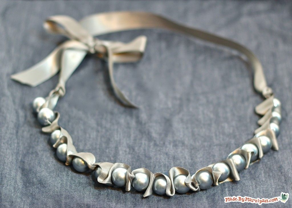 MadebyMarzipan Ribbons & Ruffles Pearl Necklace