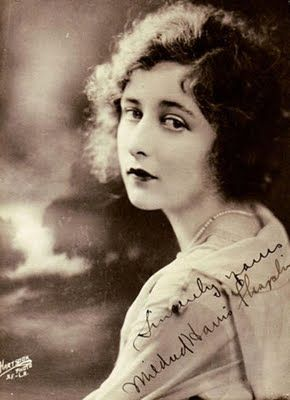 """Charlie Chaplin Wives """"Mildred"""""""
