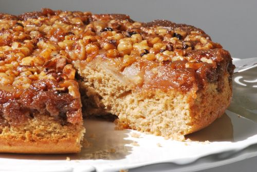 Maple Pear Walnut Cake