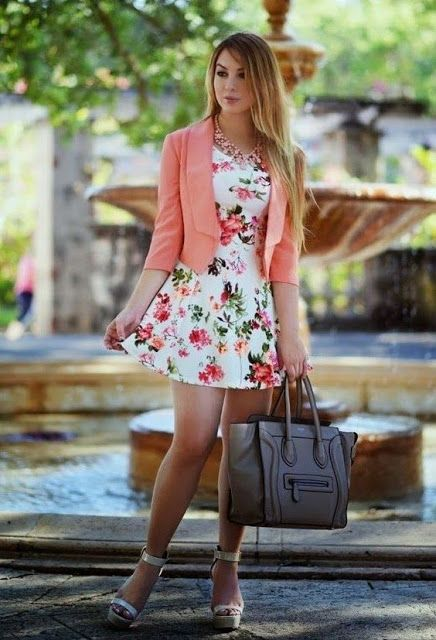 Look Con Vestido Floreado Inspiración Flowers Dress Outfit