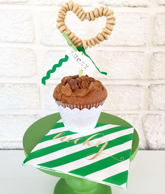 Diy cereal cake topperst patricks day treat topper