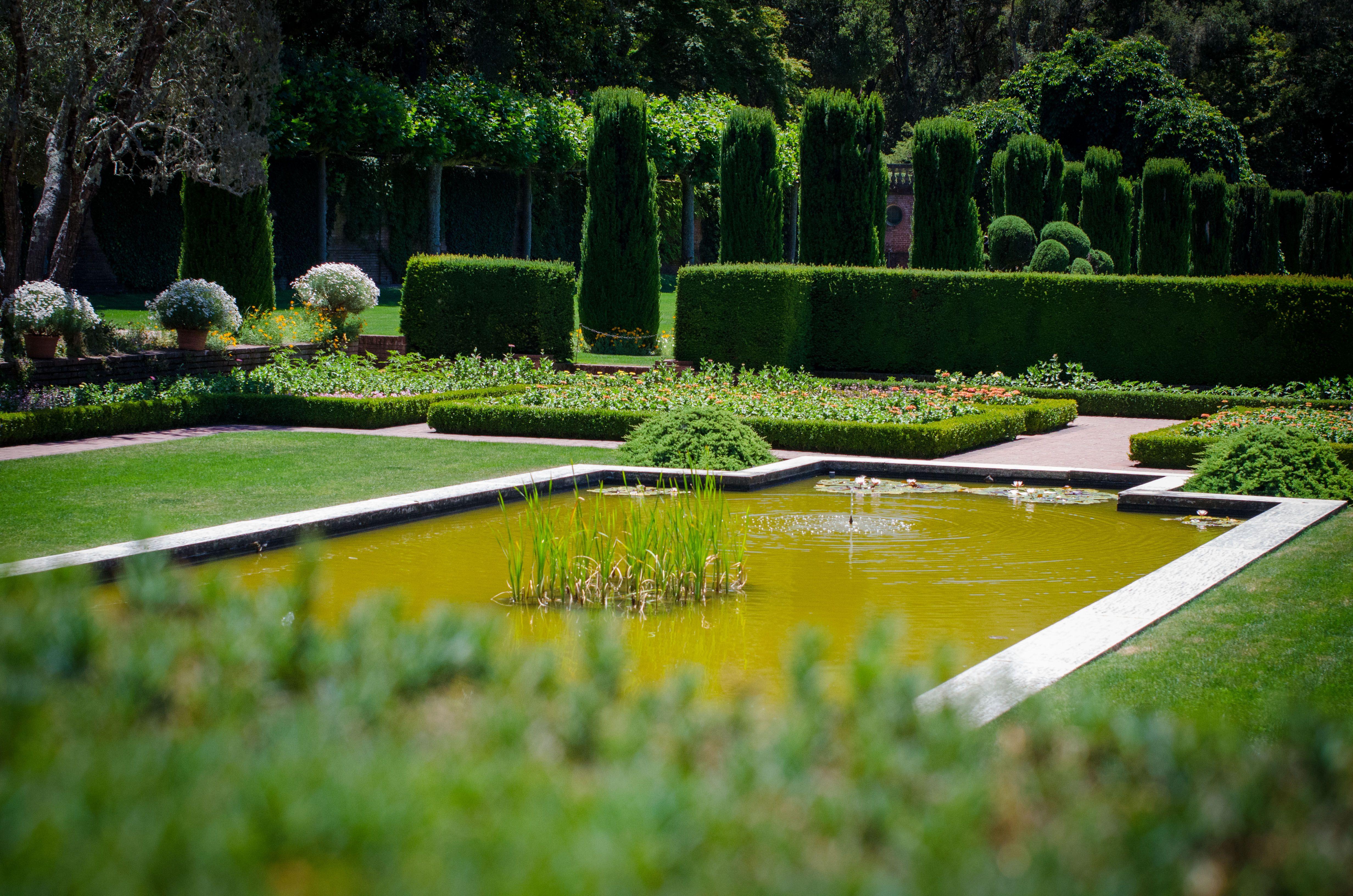 Bruce Porter, William Bowers Bourn, Agnes Moody Bourn Filoli Gardens,