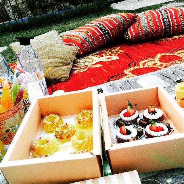 Princess Sweets On Instagram بعدسه زبونه عليكم بالعافيه حلويات حفلات مكس ملكه مميز ميني رد فلفت Sweets Instagram Posts Takeout Container