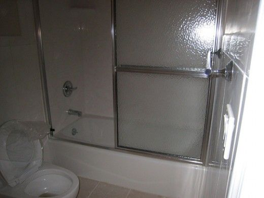 The Easy Way To Clean Shower Sliding Doors With Images Glass