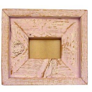 [MARCO AMOR DE JUVENTUD] en madera procedente de derribos, pintado y decapado. Puedes encontrarlo en https://www.decoracioncomprometida.es/shop/marco-vintage-rosa-de-madera-reciclada-amor/ #Decoración #Reutiliza #HechoAmano #HechoEnEspaña #Rebajas #Vintage