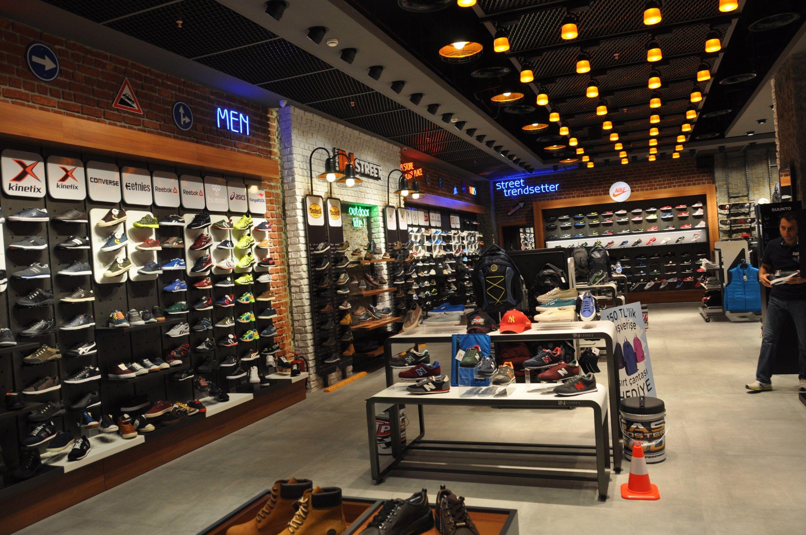 Sport In Street Ozdilek Ayhan Guneri A56 Retail Design Trend Setter Sports