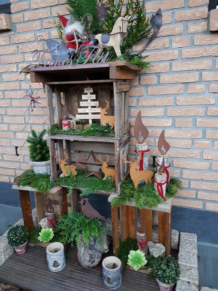 Weihnachtliche Dekoration In Alten Weinkisten Weihnachtlich Dekorieren Weinkisten Obstkisten Deko Weihnachten