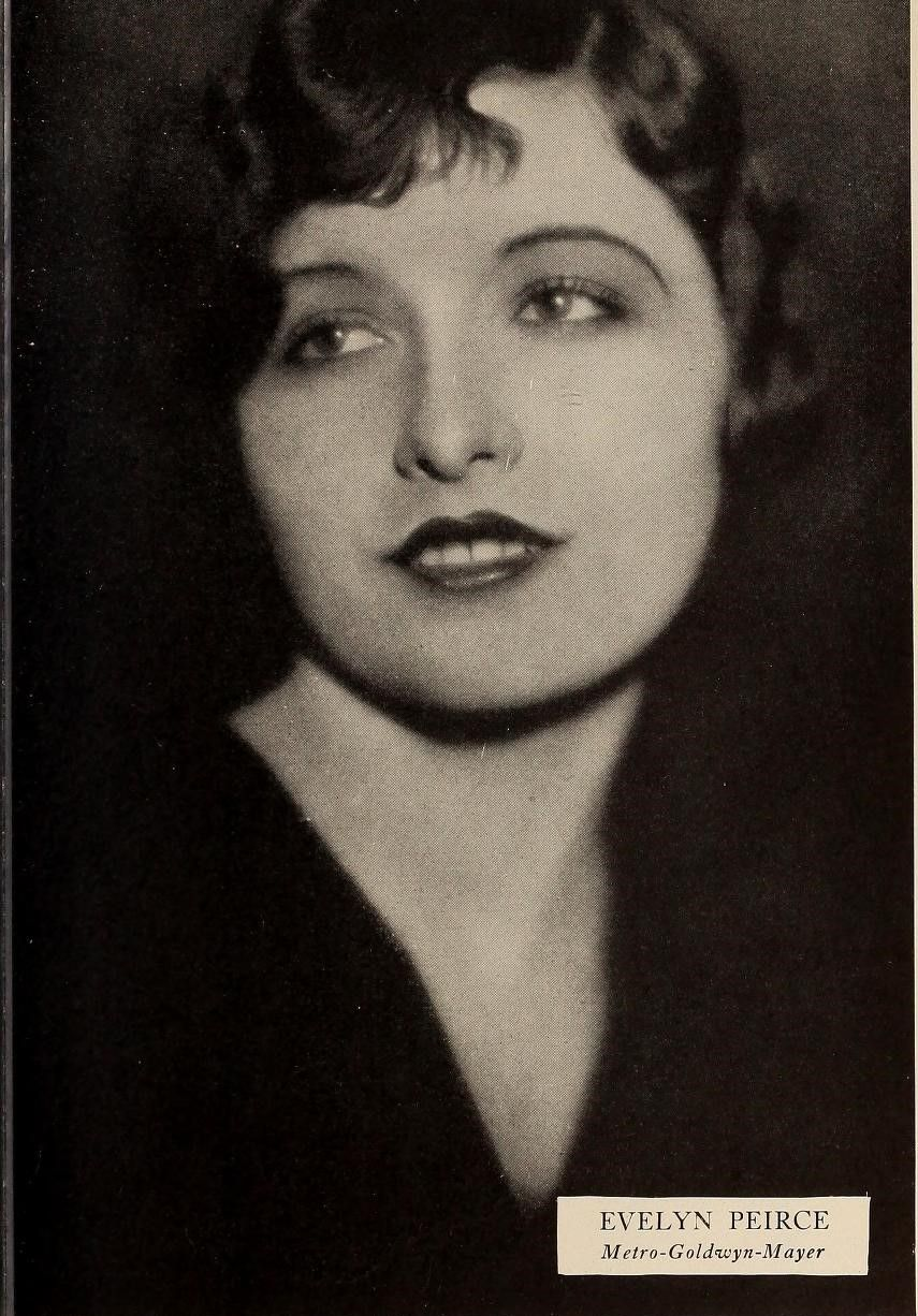 Evelyn Peirce